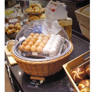 Couveuse pour œufs à la coque. Permet de maintenir à 60°C des œufs préalablement cuits à 63°C. Pas de changement de texture pendant le service. Socle osier