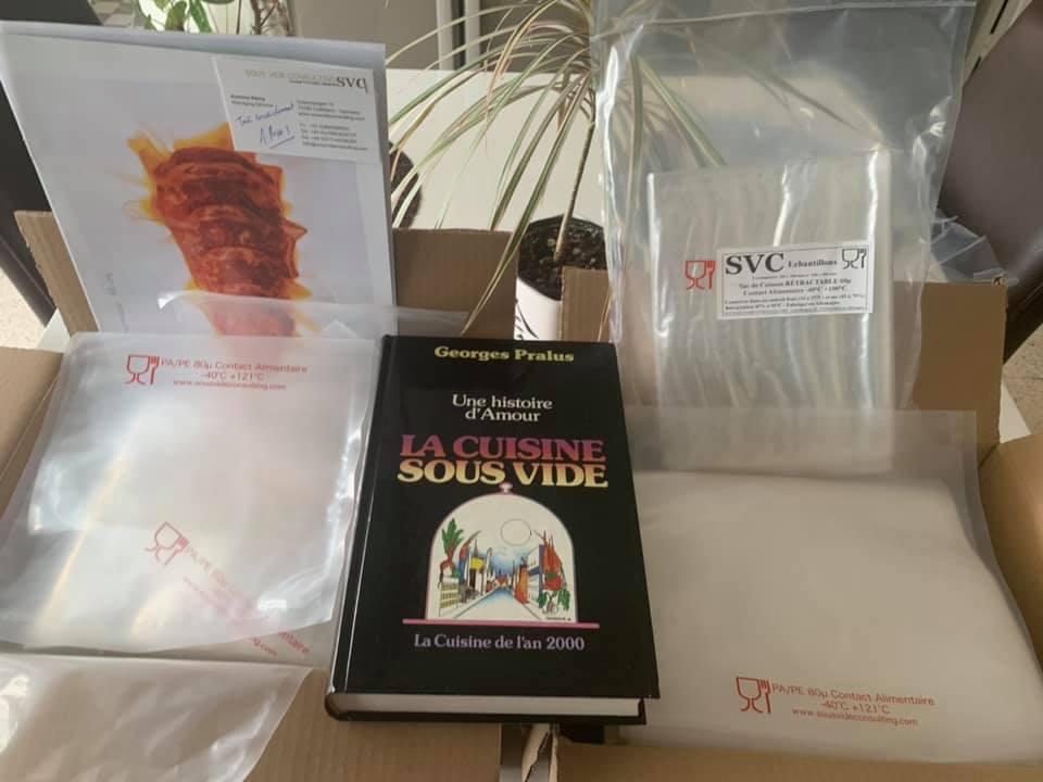 Lot reçu par Yann Pap's Butcher dans le cadre du tirage au sort organisé par Sous Vide Consulting: livre de Georges Pralus et sacs de cuisson sous vide